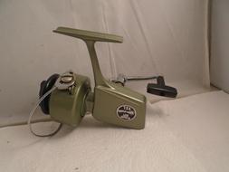Vintage Berkley Ball Bearing  427 Fishing  Spinning Reel , B