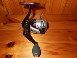 Wright & Mcgill Tony Roach Power Ice Fishing Micro Spinning